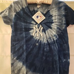 MLB NY Yankees Girls Shirt XL